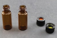 Ultra Vial Kit: 2 mL Screw Top Standard Opening Amber Glass Vials w/ 8-425Caps & Pre-Inserted Ultra GC/MS/PTFE Septa